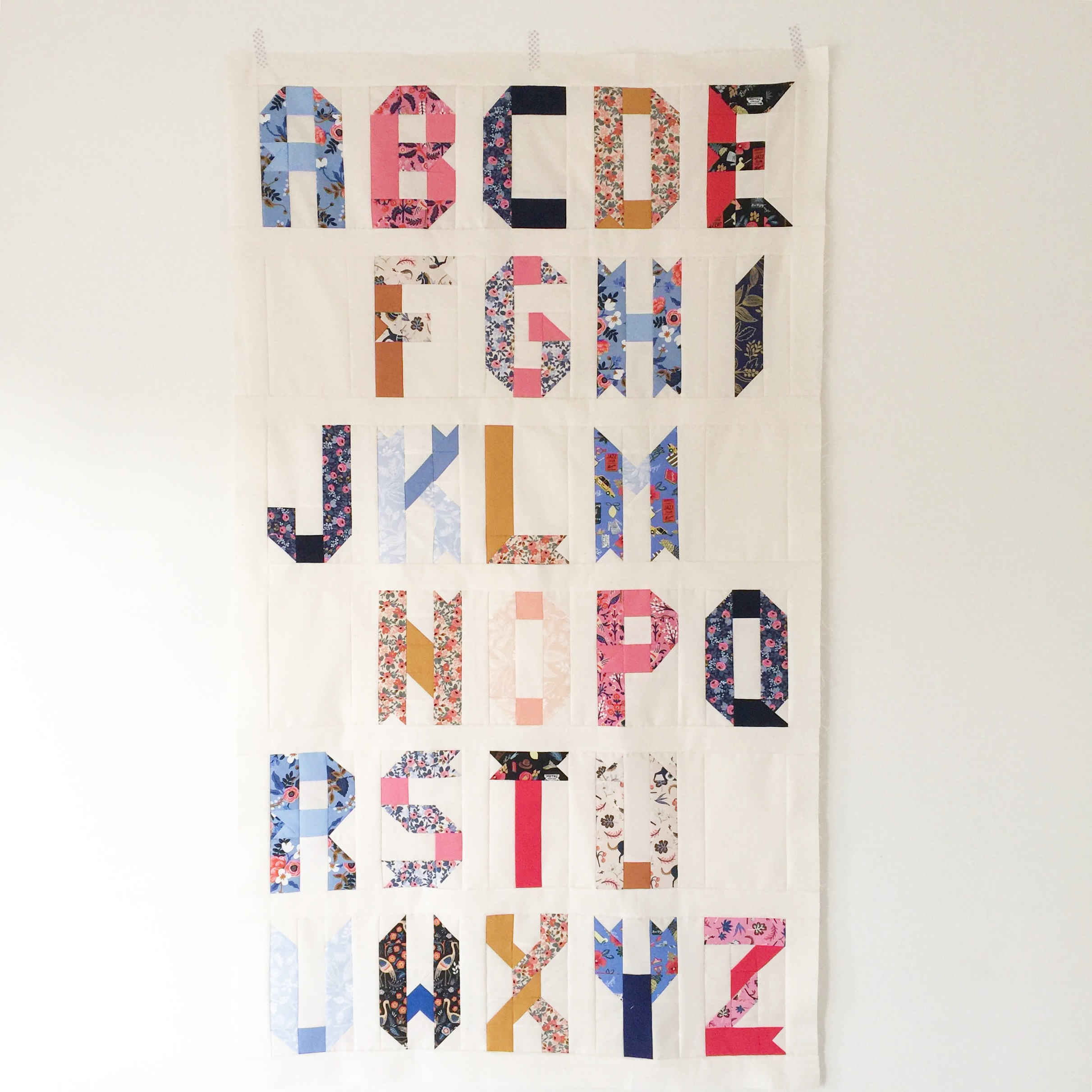 Quilt Patterns With Letters : Alphabet quilt pattern, from ABC to Z ? Patch + Dot