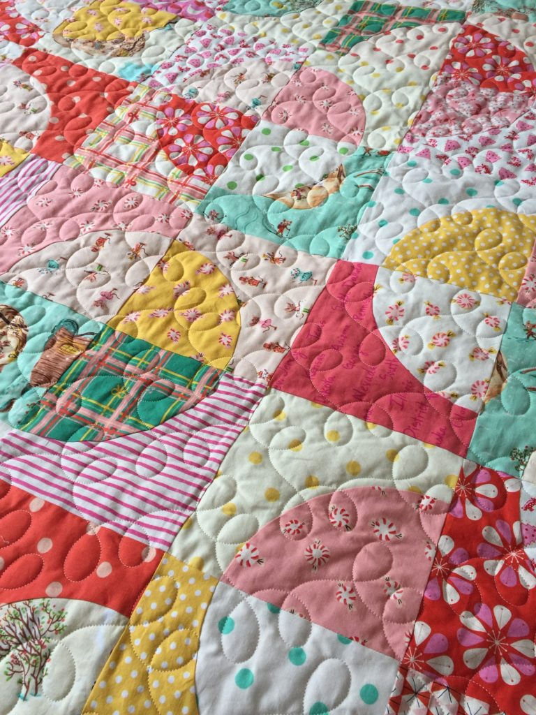 Easy drunkards path quilt pattern